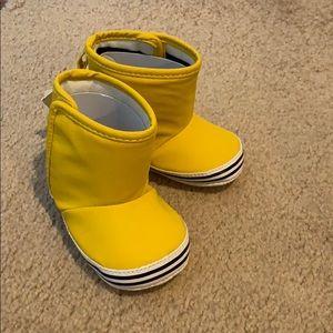 Baby Gap infant rain boots